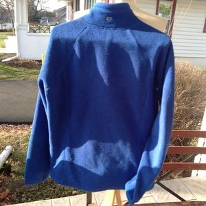 Vineyard Vines Jackets & Coats - Womans Vineyard Vines fleece jacket.